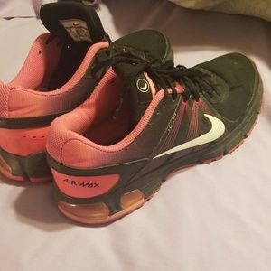 Womans Nike Air Max size 9